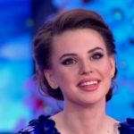 Александра Артемова намекает на свое интересное положение?